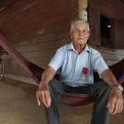 En Guyane, les Hmongs, Français par le sang versé