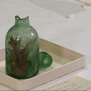 Une fiole utilisée pour conjurer le mauvais sort lors de la Guerre de Sécession
