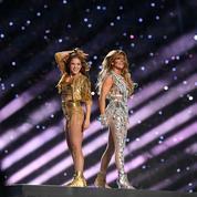 Jennifer Lopez et Shakira en majesté pendant le show du Super Bowl