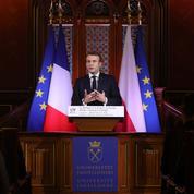 Devant les jeunes Polonais, le plaidoyer européen de Macron