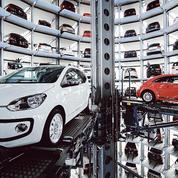 Automobile: les 13 constructeurs principaux pourraient payer 14 milliards d'euros d'amendes