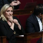 Marine Le Pen remet en cause les chiffres du chômage, l'Insee lui répond