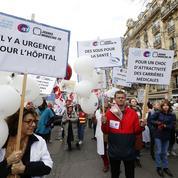 Les personnels hospitaliers crient une nouvelle fois leur désarroi dans la rue