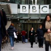 Le gouvernement de Boris Johnson déclare la guerre à la BBC