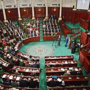 La Tunisie se dote d'un gouvernement, après quatre mois de tergiversation