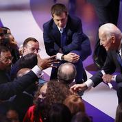 Primaires démocrates: 14 États choisissent leur candidat face à Donald Trump