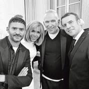 À l'Élysée, le président Macron et la jeune création