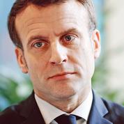 Macron minimise l'enjeu des municipales