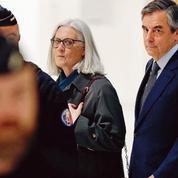 Soupçons d'emploi fictif: deux ans de prison ferme requis contre François Fillon
