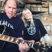 Neil Young, pionnier du concert intime