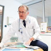 Philippe Juvin, le chef des urgences sur tous les fronts