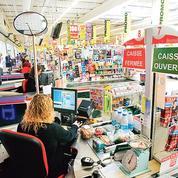 Coronavirus: plusieurs distributeurs vont verser une prime de 1000euros à leurs salariés