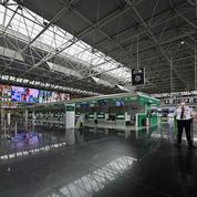 Le casse-tête du rapatriement de 70.000 touristes français coincés à l'étranger