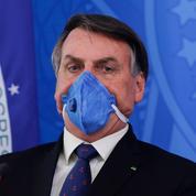 Face au péril du Covid-19, Jair Bolsonaro ne fait plus rire les Brésiliens
