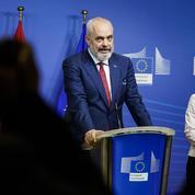 Élargissement de l'UE: un feu vert sous condition à l'Albanie et à la Macédoine du Nord
