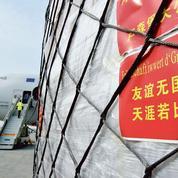 Coronavirus: la guerre des masques fait rage au pied des avions chinois