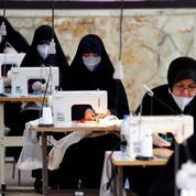 Coronavirus: en Iran, les ultraconservateurs à l'assaut du président Rohani