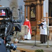 Confinement: l'Église encourage les célébrations télévisées, dont l'audience explose
