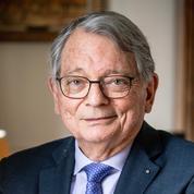 Jean-François Mattei: «On doit beaucoup aux soignants qui vont au front démunis»