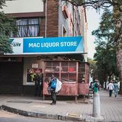Confinés sans alcool, les Sud-Africains sont au bord de la crise de nerfs