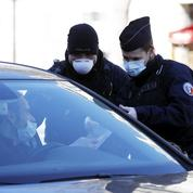 Au sein des forces de l'ordre, le port du masque est ressenti comme un impératif