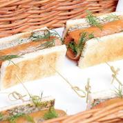 La recette de sandwich chic de truite fumée et roquette de Fanny Rey