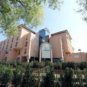 Coronavirus: des proches de résidents en Ehpad portent plainte pour négligences