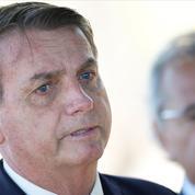 Brésil: Jair Bolsonaro fragilisé par un départ fracassant