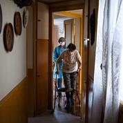 Coronavirus: en première ligne, les aides à domicile se sentent oubliées