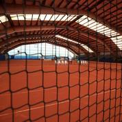 Déconfinement: du tennis, du golf, de l'équitation mais pas de sports collectifs ni de piscine