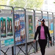 À Paris, la politique reprend ses droits