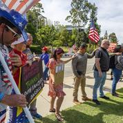 Face au Covid-19, l'Amérique plus fracturée que jamais