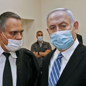 Israël: au tribunal, Nétanyahou veut garder «la tête haute»