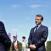 Entre Macron et Bertrand, la tension monte