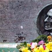 Statues de Victor Schoelcher détruites en Martinique: «Le totalitarisme des vandales»
