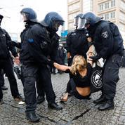 Violences policières: à Berlin, ce sera à la police de prouver qu'elle n'enfreint pas la loi