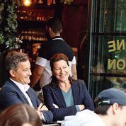 À Paris, Agnès Buzyn joue de sa proximité avec le pouvoir