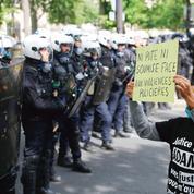 Frappée par le soupçon, la police se sent désarmée