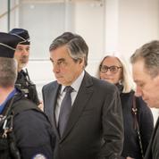 Les proches de François Fillon s'indignent des révélations de l'ex-procureur