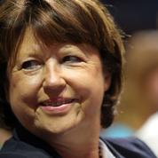 Municipales: soutenue par la droite, Martine Aubry espère faire front