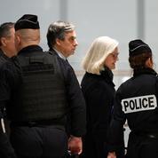 L'ancien candidat à la présidentielle François Fillon se dévoile dans un livre