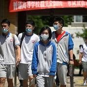 Stress, masque et Covid-19: les lycéens chinois passent le bac