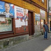 Duel serré à la présidentielle polonaise