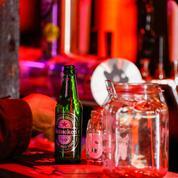 Heineken paie un plus lourd tribut à la crise que Carlsberg