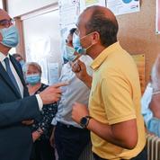 «Inutile» pour le grand public en mars, le masque devient «obligatoire» en juillet