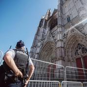 Incendie de Nantes: les enquêteurs à pied d'œuvre