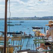Tourisme: Booking lance une campagne pour stimuler la demande