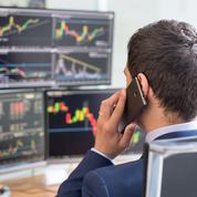 Après la lourde chute de l'activité, l'économie frémit