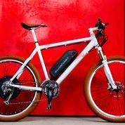 À bicyclette Paulette électrifie avec simplicité les vieux vélos