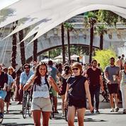 Le virus profite de l'été pour se propager chez les jeunes en toute discrétion